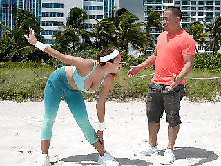 Hot curvy sexy lady Ivy Rose gets pummeled by her freelance trainer acquaintance after doing some cute corporal workout.