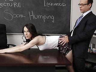 Brunette  stunner Veronica disciplined in college by her big stiffy lecturer