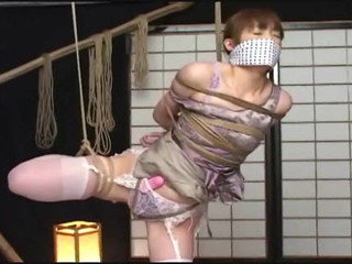 Chinese gal 100% rope  and spread open