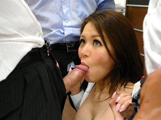 Office doll China Mimura likes in gang-fuck